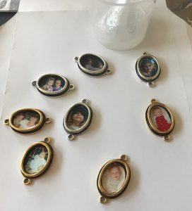 resin photo jewelry