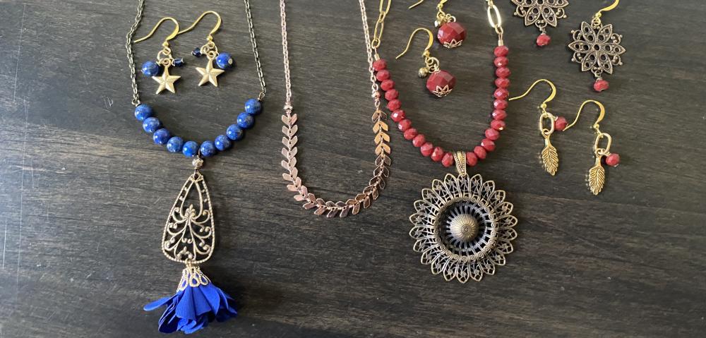 2021 fall pantone inspired jewelry